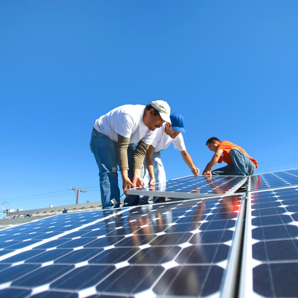 Solar Technicians Photo